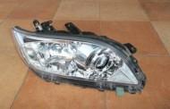 Predné svetlo Toyota RAV4 IV