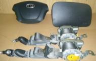 Airbag vodiča, spolujazdca, bezpečnostné pásy na Kia Carens 2005 -