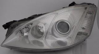 Predné bi-xenónové svetlo Mercedes S W221
