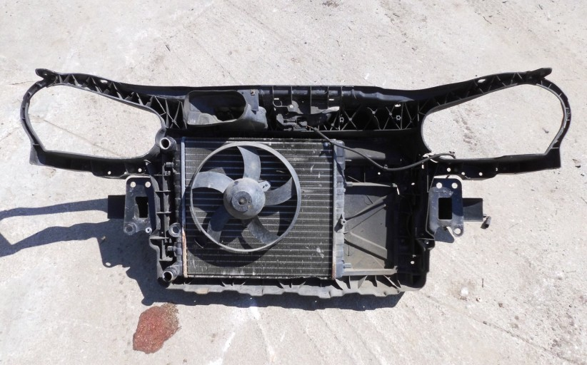 Plo-9N-chladic-a-ventilator-s-plastom