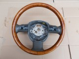 Volant na Audi A8 D3 drevený