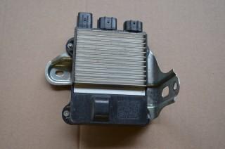 Riadiaca jednotka modul vstrekovania Denso 89871-25010 na Toyota Hilux 2,5 D4D