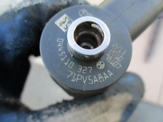 Vstrekovač 0445110327 na Opel Insignia Astra Cascada 2,0 CDTi