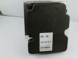 Riadiaca jednotka modul ABS na Mercedes E W212 CLS A2124300507