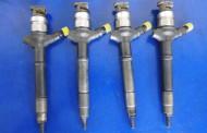 Vstrekovač Denso 23670-0R010 na Toyota Avensis Auris Verso RAV4 2,2 D4D 236700R010