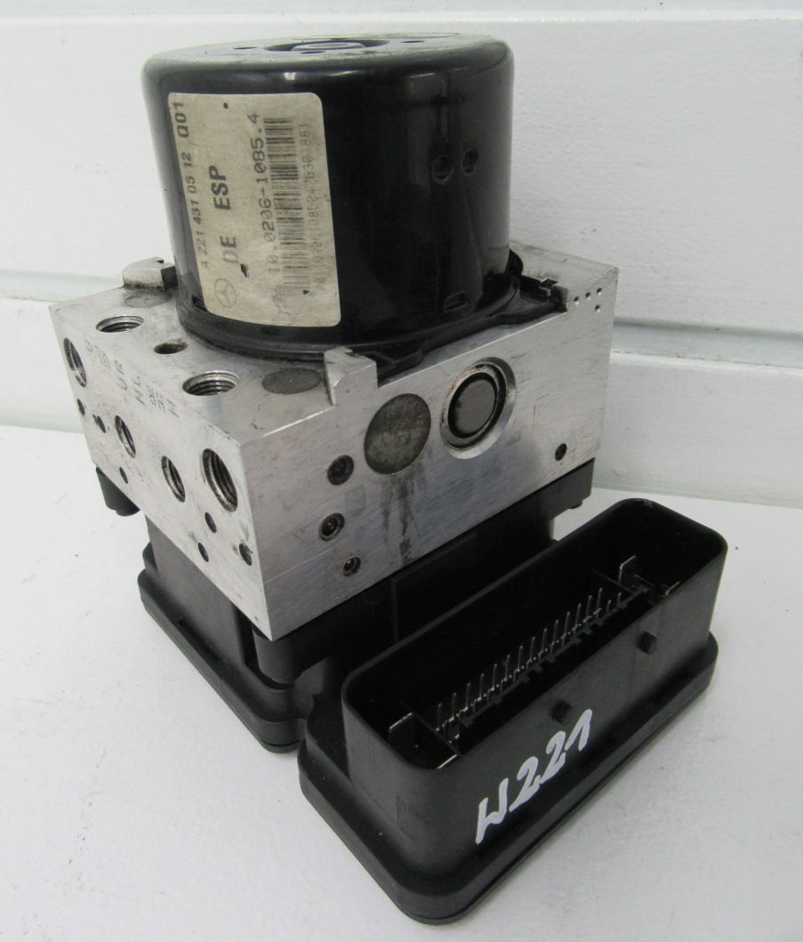 Riadiaca jednotka modul ABS ESP na Mercedes S W221 A2215455232 A2214310512
