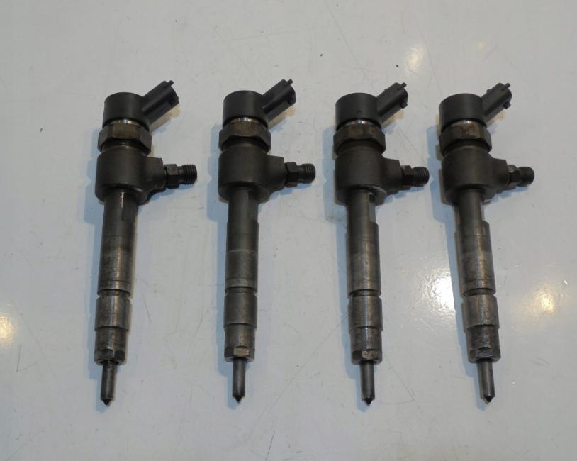 Vstrekovače 0445110002 Alfa 146 156 1,9 JTD 2,4 JTD Fiat Punto Stilo Doblo 1,9 JTD 8V