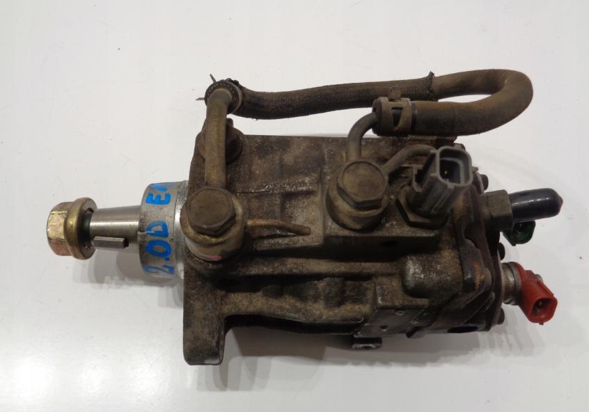 Vstrekovacie čerpadlo 22100-27010 Toyota Avensis RAV4 Corolla Verso 2,0 D4D