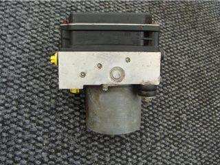 Riadiaca jednotka modul ABS na Nissan Qashqai 0265235296 47660JD01A 0265950674