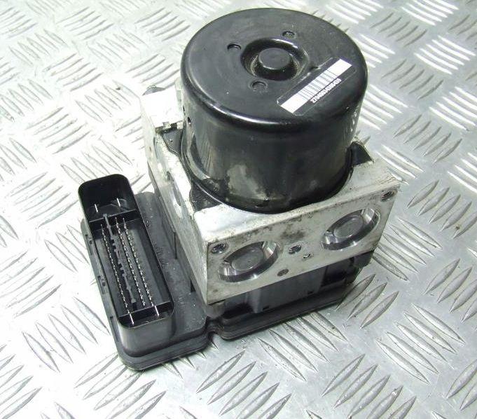 Pumpa ABS ESP riadiaca jednotka na VOLVO S60 II V60 XC60 P31329137