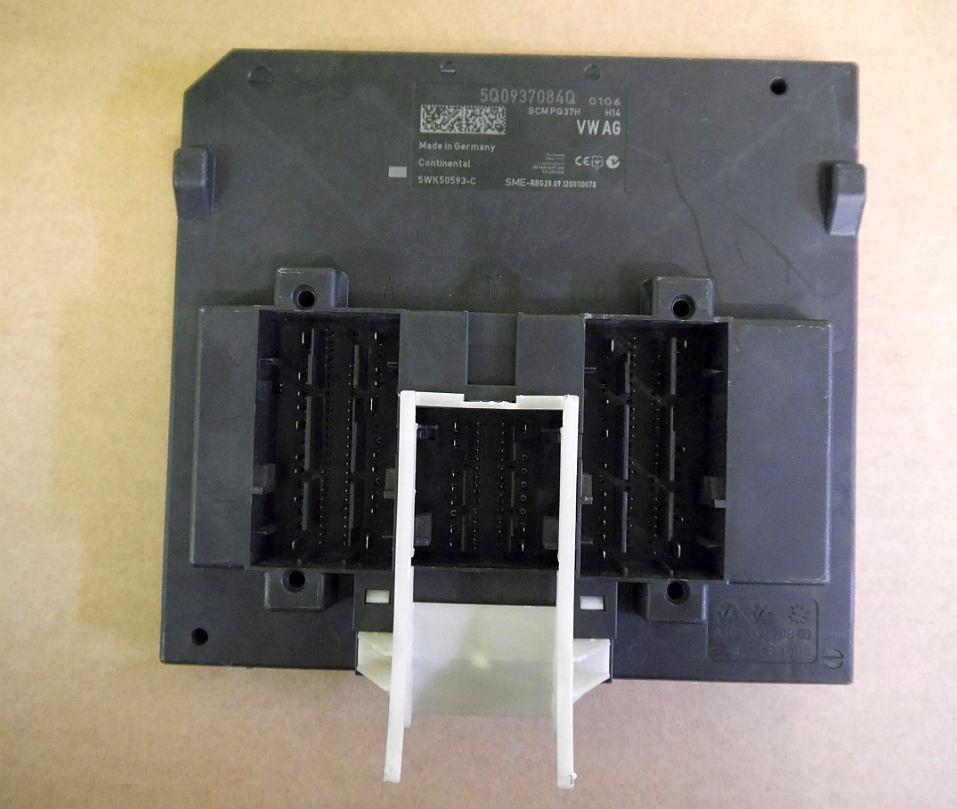 Riadiaca jednotka modul komfortu BCM 5Q0937084Q na VW Audi Seat Škoda
