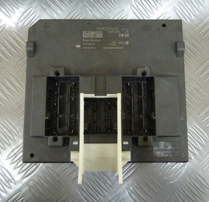 Riadiaca jednotka modul komfortu BCM 5Q0937084AA na VW Audi Seat Škoda