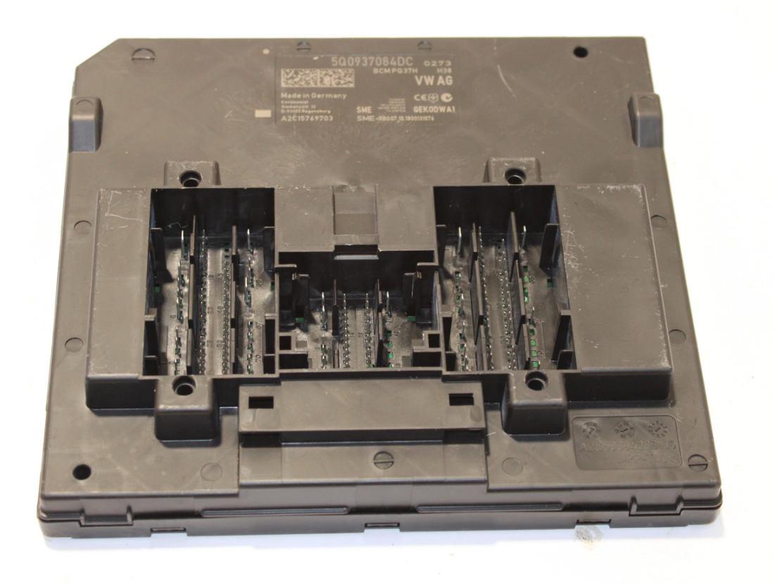 Riadiaca jednotka modul komfortu BCM 5Q0937084DC na VW Audi Seat Škoda