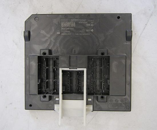 Riadiaca jednotka modul komfortu BCM 5Q0937084F na VW Audi Seat Škoda
