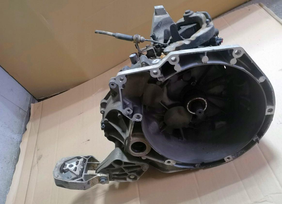 Prevodovka na Ford Focus III C-Max 1,6 TDCi AV6R7002KH